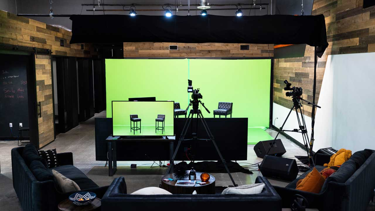 Claritys-virtual-event-studio