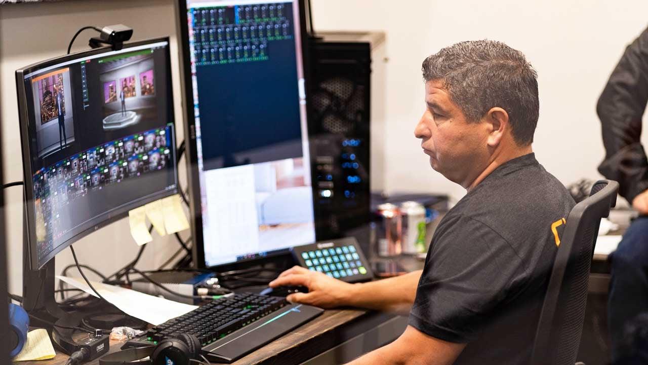 The-control-room-in-Claritys-virtual-studio