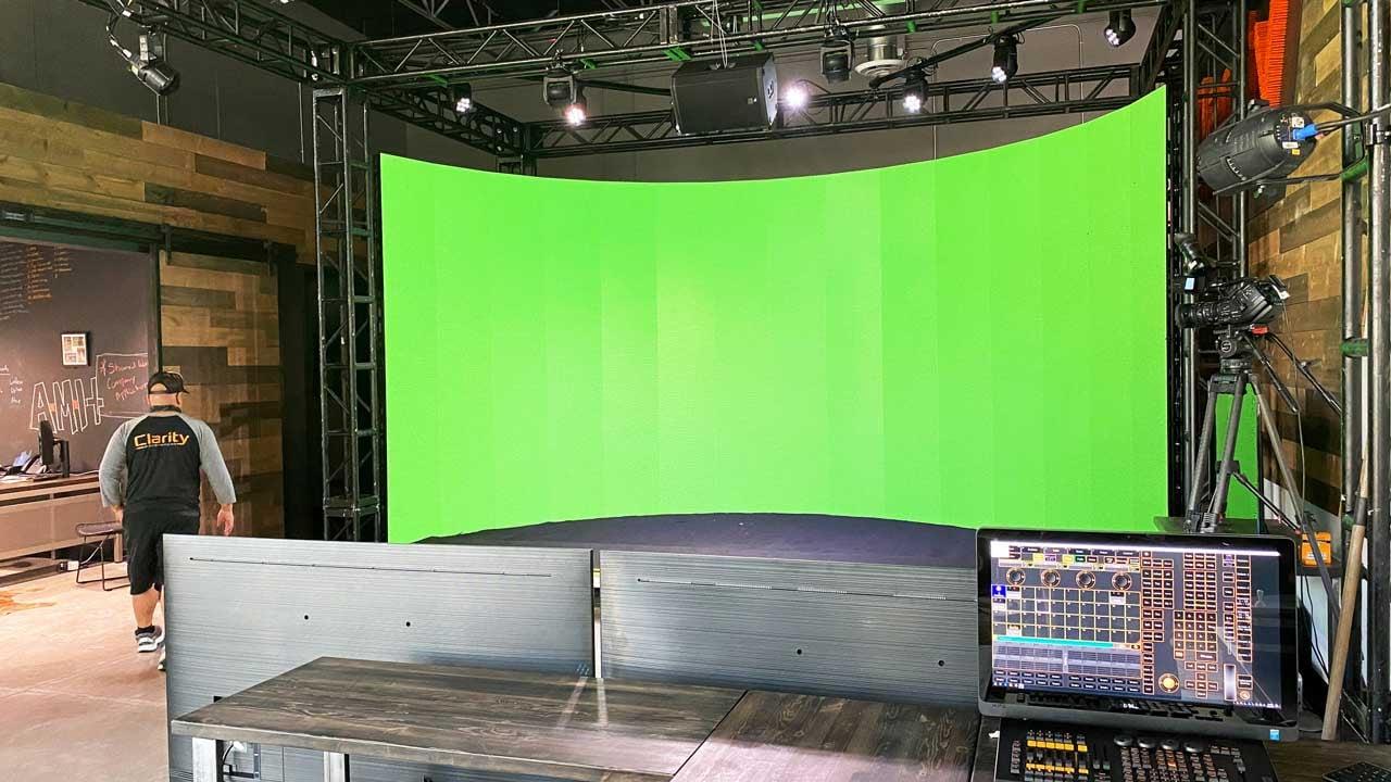 Virtual-Studio-Perks-and-Benefits